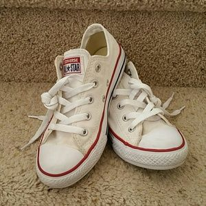 Youth Converse All Stars (size 1)